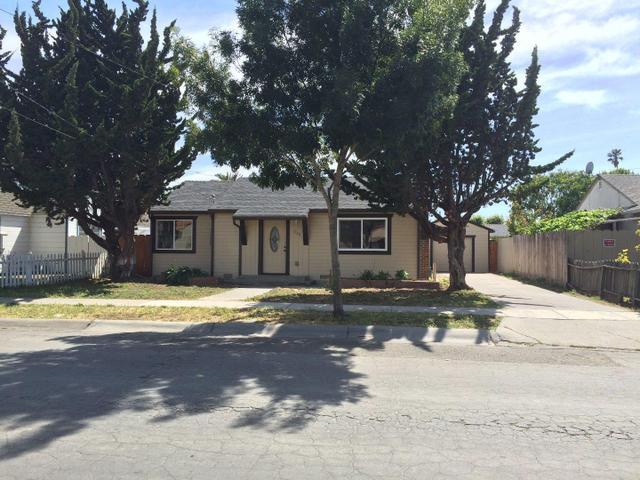 1220 Bellehaven St, Salinas, CA 93905