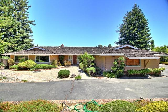 86 Mesa Ct, Atherton, CA 94027