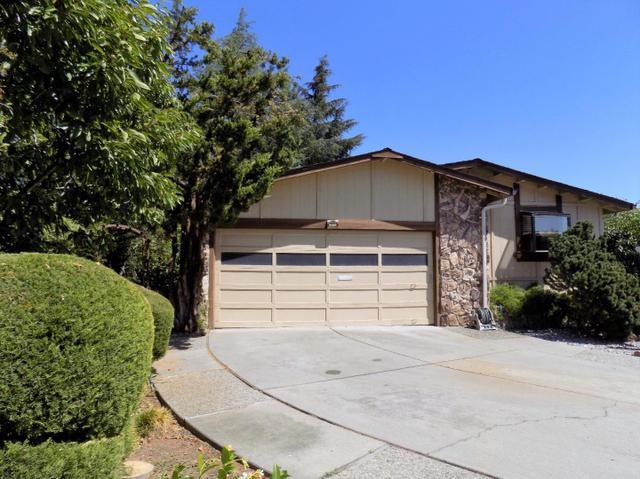 271 Cherry Ct, Morgan Hill, CA 95037