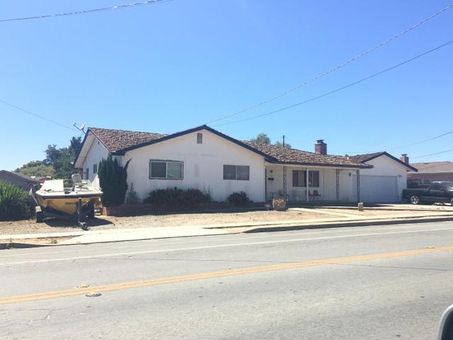 465 3rd St, Soledad, CA 93960