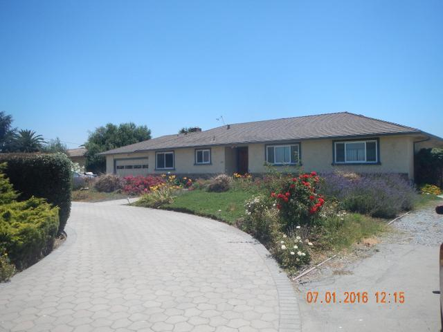241 Mccloskey Rd, Hollister, CA 95023