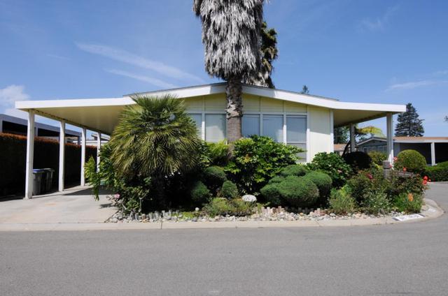 561 Dry Yard Dr, San Jose, CA 95117
