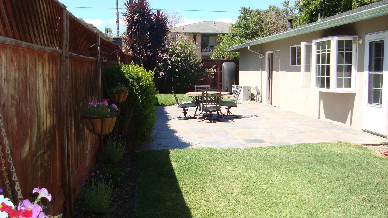 207 Sierra Vista Avenue, Mountain View, CA 94043