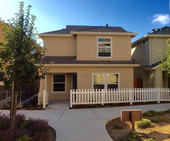 12811 Rogge Village Loop, Salinas, CA 93906
