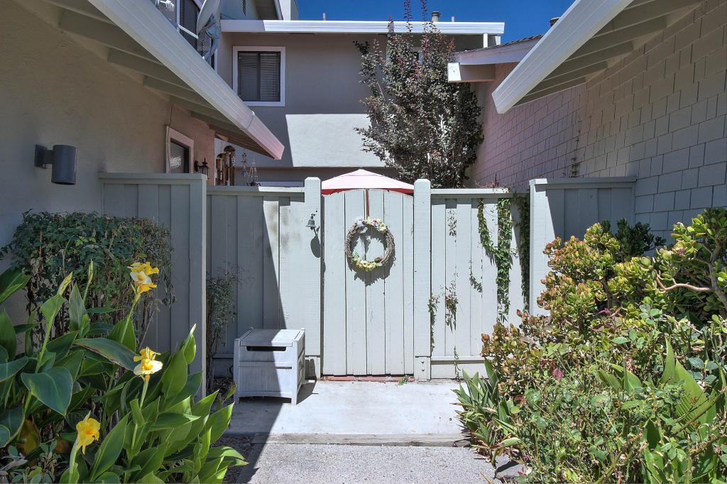 120 Donnas Lane, Hollister, CA 95023