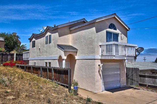 1379 Luxton St, Seaside, CA 93955
