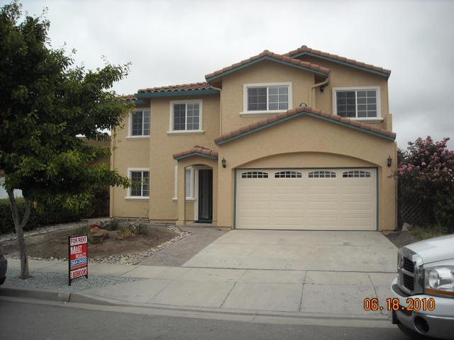 8 Ellis Cir, Salinas, CA 93907