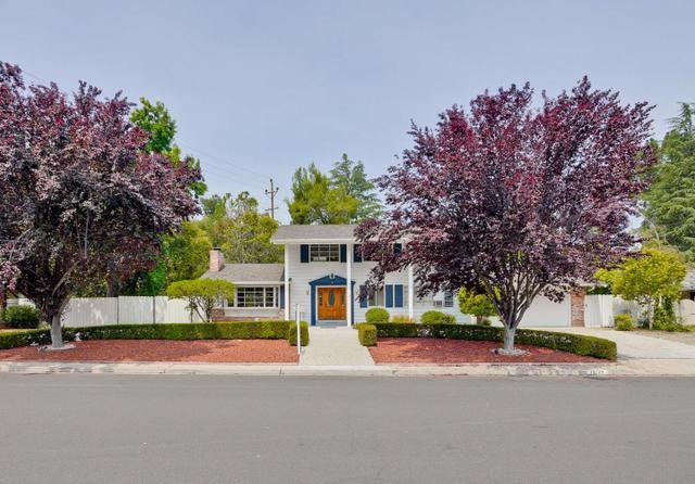 13289 Via Madronas Dr, Saratoga, CA 95070