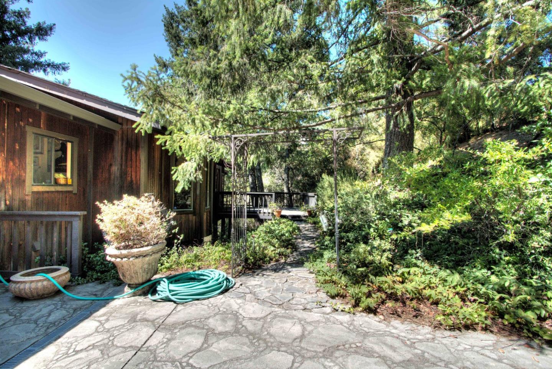 25665 Mount Bache Road, Los Gatos, CA 95033