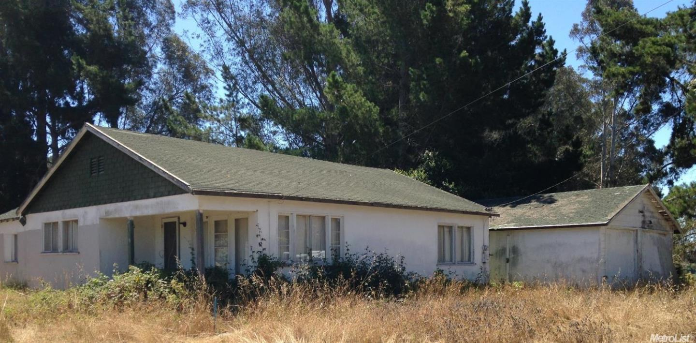 21 Robak Dr, Watsonville, CA 95076