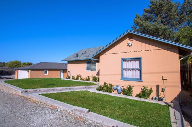1514 Santa Ana, Hollister, CA 95023