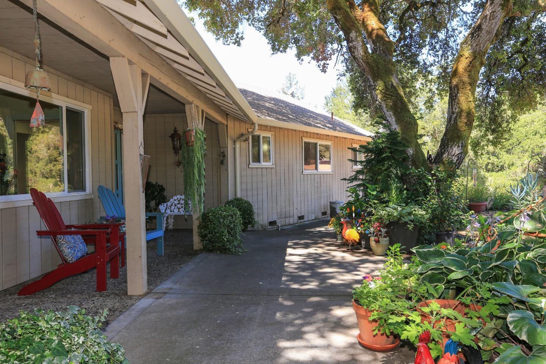 10 Sky Meadow Lane, Scotts Valley, CA 95066
