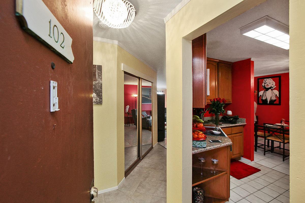 1551 Southgate Avenue #102, Daly City, CA 94015