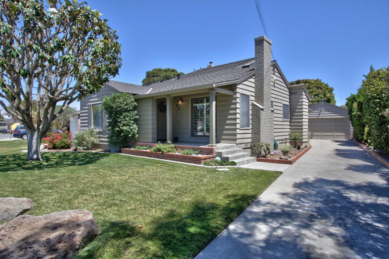 35 Grove Street, Salinas, CA 93901