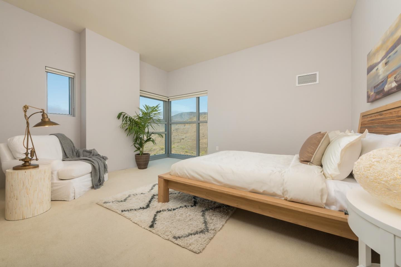 1 Mandalay Place #1700, South San Francisco, CA 94080