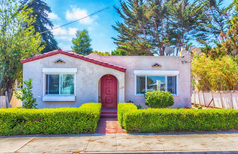 1128 6th St, Monterey, CA 93940