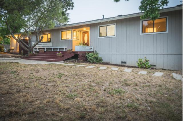 310 Orchard View Dr, Watsonville, CA 95076