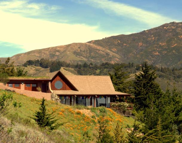 46977 Clear Ridge Rd, Big Sur, CA 93920