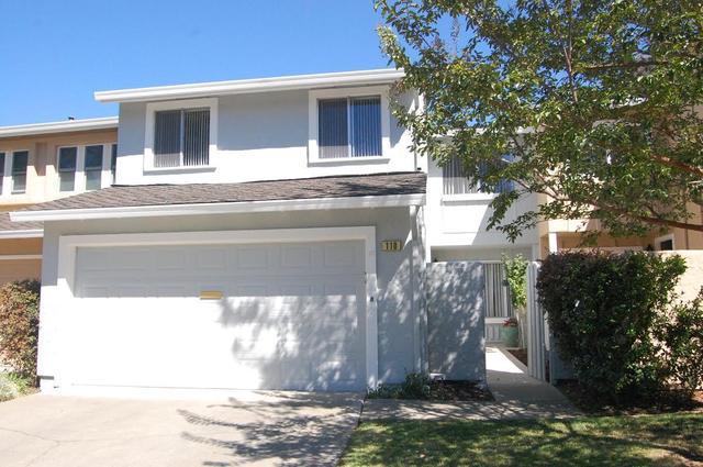 110 Pine Wood Ln, Los Gatos, CA 95032