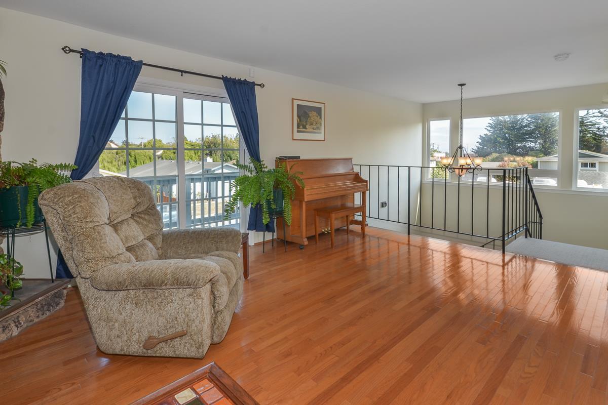 111 Beachview Avenue, Santa Cruz, CA 95060