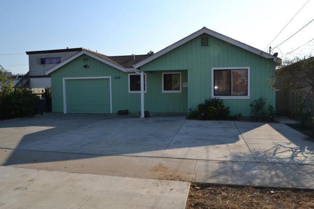 1220 Acosta St, Salinas, CA 93905