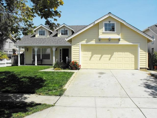 1688 Boston St, Salinas, CA 93906