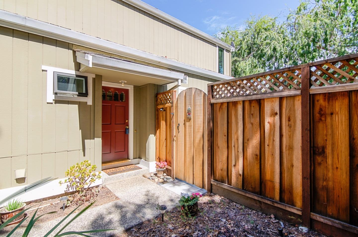 161 Gladys Avenue, Mountain View, CA 94043