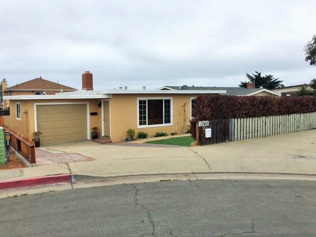 1745 Harding St, Seaside, CA 93955