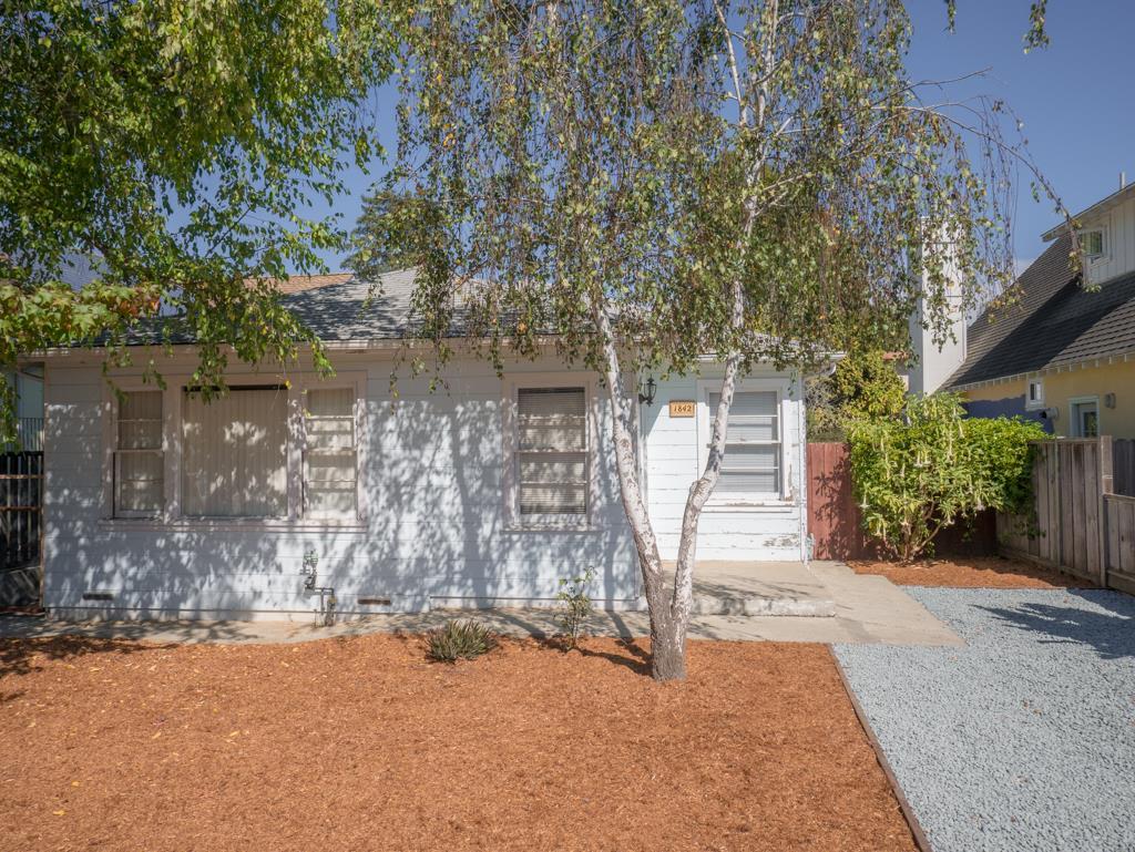 1842 48th Avenue, Capitola, CA 95010