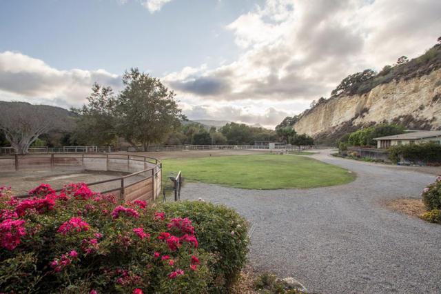 28000 Selfridge Ln, Carmel, CA 93923