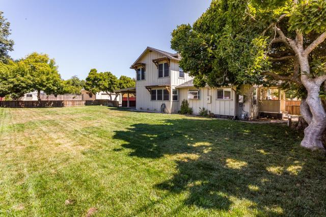 12 Aldridge Ln, Watsonville, CA 95076