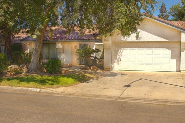 6332 N Forestiere Ave, Fresno, CA 93722