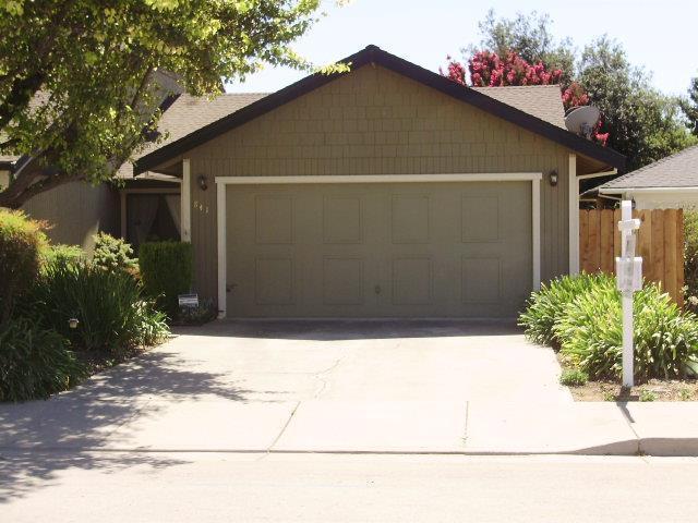841 Nash Rd, Hollister, CA 95023