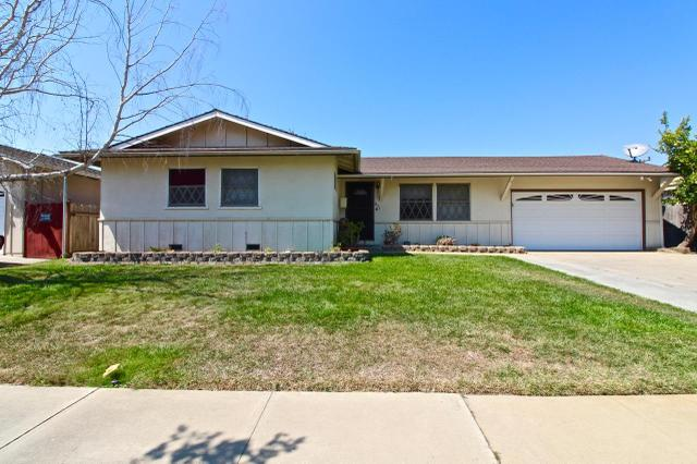1823 Redondo Way, Salinas, CA 93906
