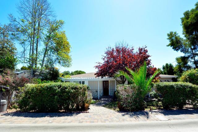 20 Carlton Dr, Del Rey Oaks, CA 93940