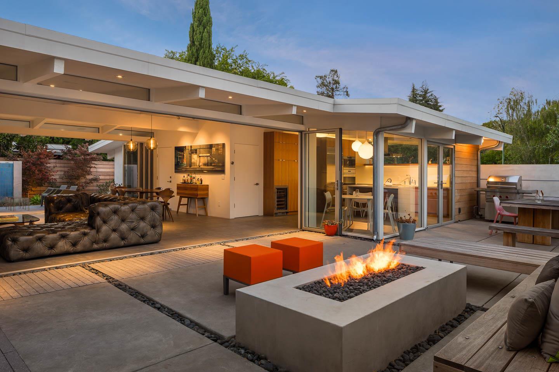 4050 Ben Lomond Drive, Palo Alto, CA 94306