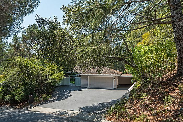 425 Moseley Road, Hillsborough, CA 94010