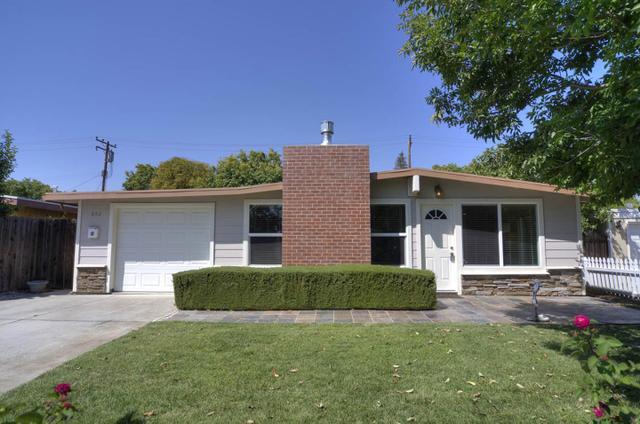 652 Woodhams Rd, Santa Clara, CA 95051