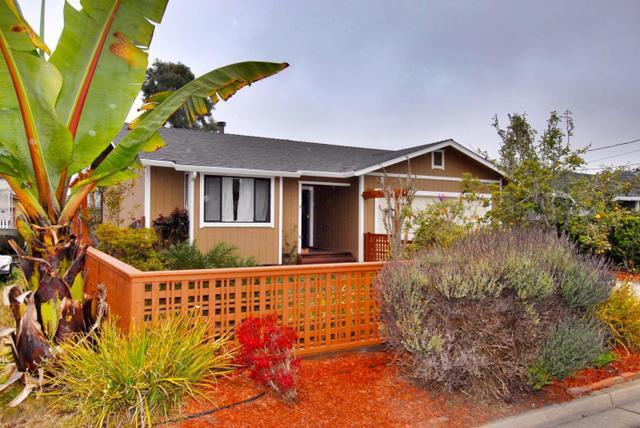 423 Vermont Ave, Moss Beach, CA 94038