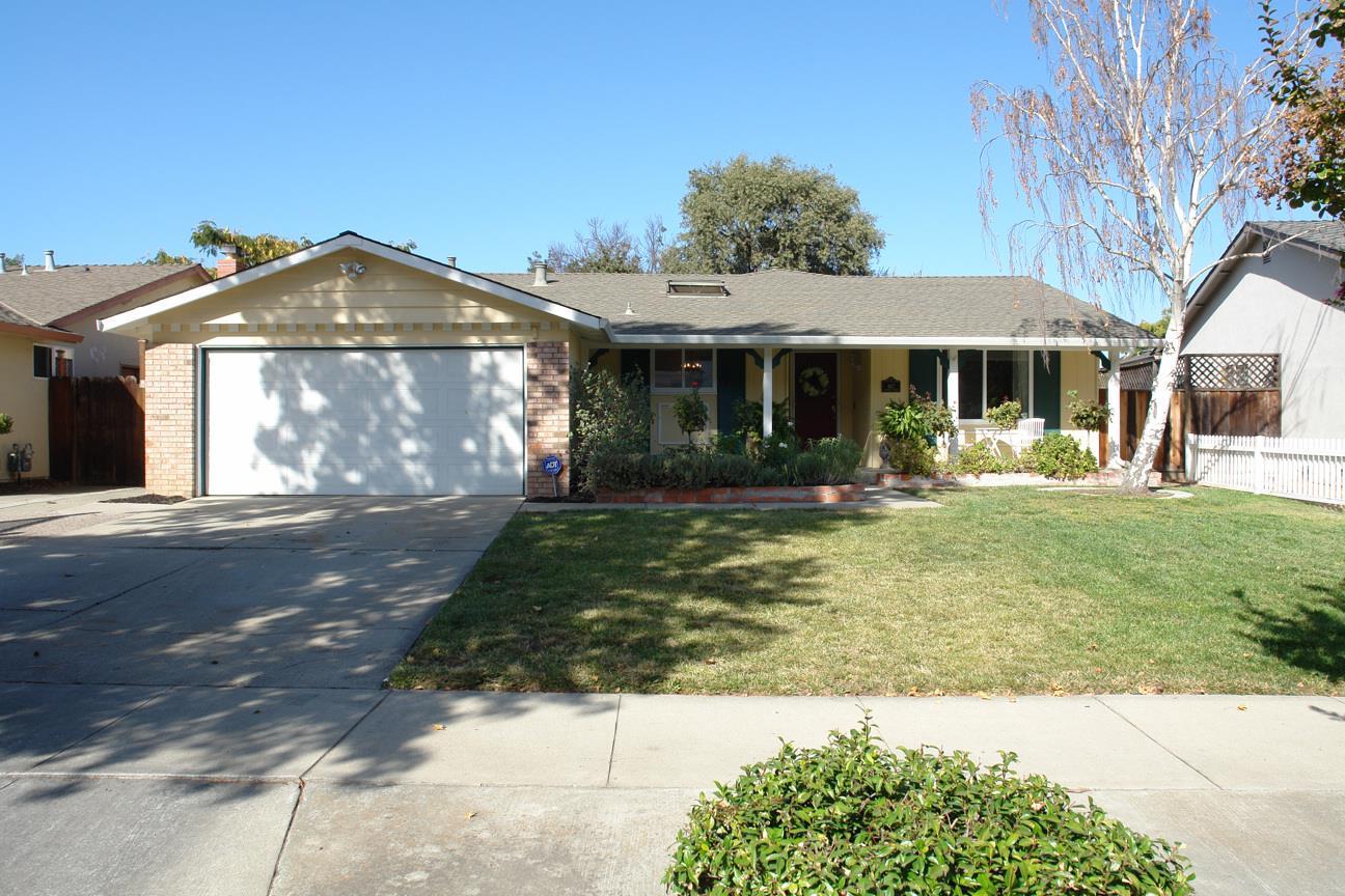 867 Foothill Dr, San Jose, CA 95123