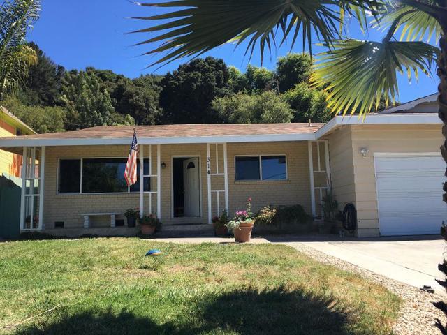31 Carr Ave, Aromas, CA 95004