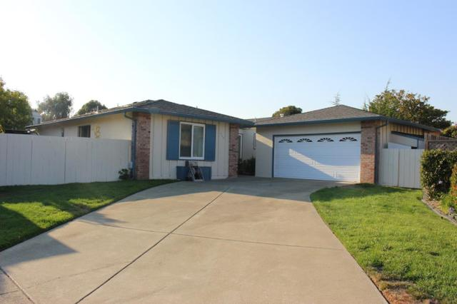 210 Trysail Ct, Foster City, CA 94404
