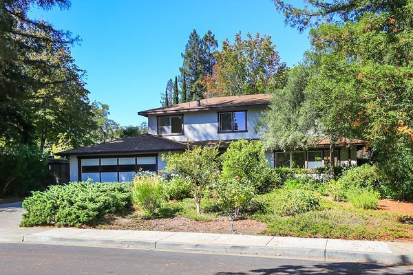 899 Allardice Way, Stanford, CA 94305