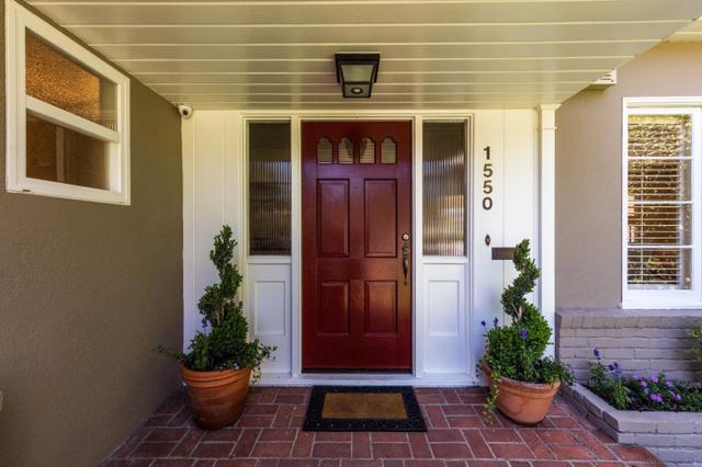 1550 Dana Ave, Palo Alto, CA 94303