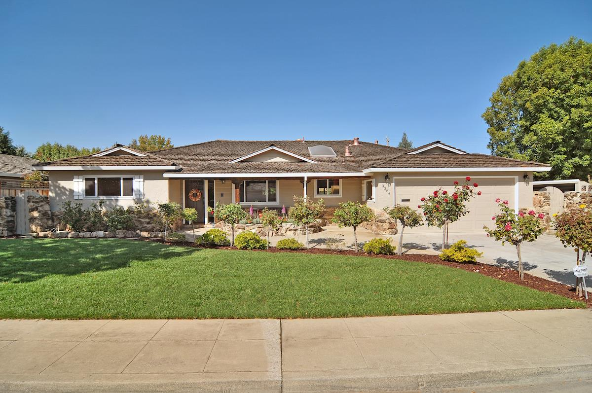 3384 Lubich Dr, Mountain View, CA 94040