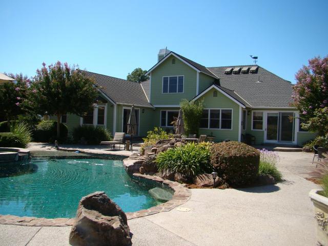 1470 E Middle Ave, San Martin, CA 95046