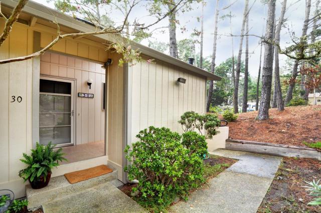 250 Forest Ridge Rd #30, Monterey, CA 93940