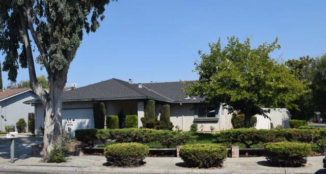 565 Gaundabert Ln, San Jose, CA 95136