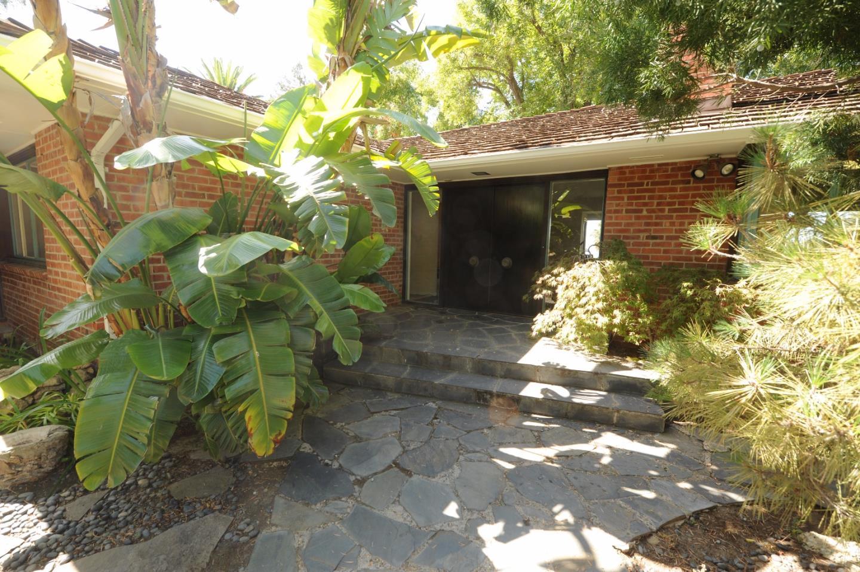 16011 Alta Vista Way, San Jose, CA 95127