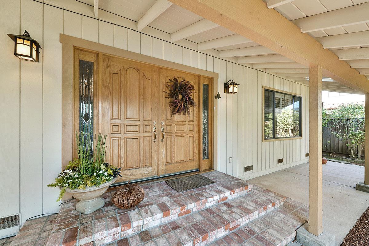 10535 Mira Vista Road, Cupertino, CA 95014
